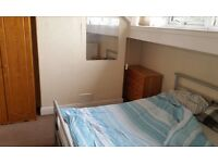 Furnished Double Room in Kirkstall - 287.00 per month, extra room/office space included