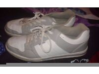 size 11 donnay trainers