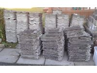 Roof tiles 284 + 20-30 extras