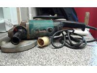 "Makita 9069 9"" grinder 110v with metal cutting blade"