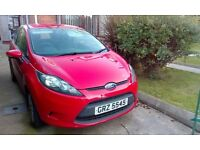 Ford FIESTA - Red