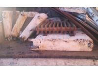 Cast iron free standing radiators x10