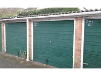 Garages to rent: Ridgebank off Cippenham Lane Slough SL1 - ideal for storage/car