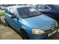 2001 corsa 1.0 breaking in leicester