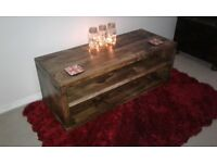 Coffee table/sideboard.