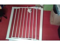 pair of safety stair gates