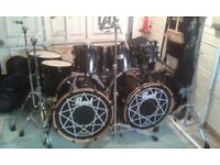 JOEY JORDINSON SIGNATURE PEARL 8 PIECE DRUM KIT SPECIAL