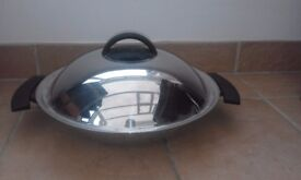 """Fissler Stainless Steel Wok - diametre 37.5cm (14.5"""") - Used but in very good condition"""