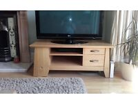 Solid oak tv unit/ TV stand
