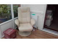 Cream Leather Recliner Seats