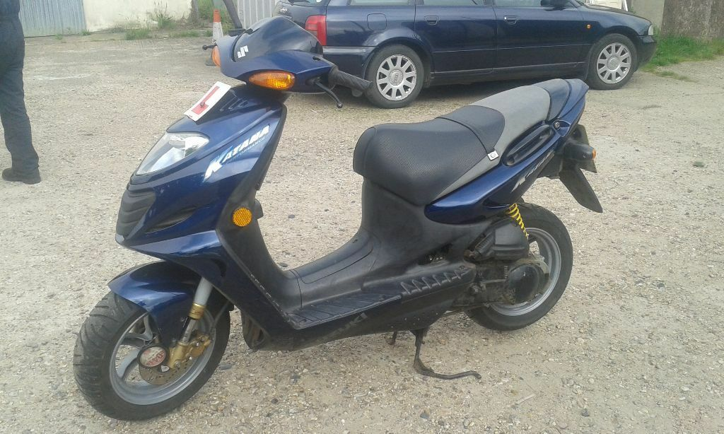 suzuki ay50 katana ay 50 50cc moped very low miles in