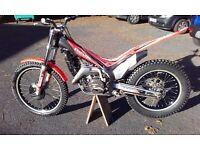 Beta Evo 200 trials bike