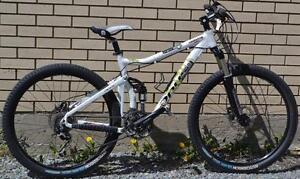 Vélo de montagne pour femme Opus Satin