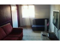 light and airy 2 bed gff Brighton