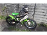 "BARGAIN Muddy Splat 16"" BMX kids bike Vbrakes mudguards NEW DELIVERY & WARRANTY"