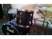 Pearl Export drum set