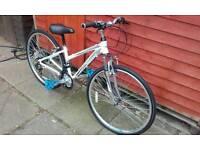 Girl's /ladies hybrid bike