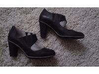 Clark's Leather Ladies Shoes