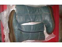 Dr martens boots size 4uk