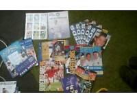 Football cards/prgrmmes/magz etc