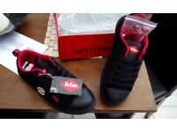 Brand New Lee Cooper safety shoes!