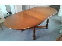 Ercol Dining Table & 5 Chairs