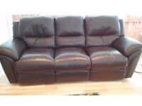 3 seater +2 seater REIDS BROWN LEATHER SUITE.BOTH WITH ELECTRIC RECLINERS.