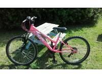 """Girls/ladies 24"""" mountain bike"""