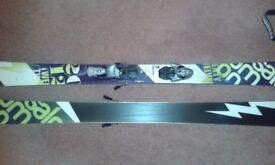 Twin Tip Ski's