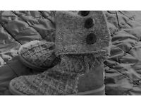 LADIES UGG BOOTS QUILTED SIZE 8 * 100 PERCENT AUTHENTIC