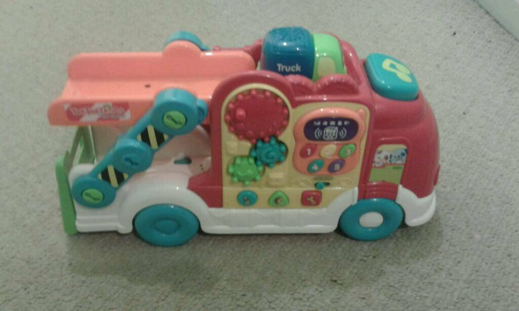 Vtech toot toot car carrier and vehicle