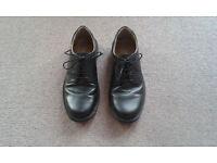 Black mens shoes size 7
