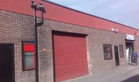 Industrial unit/ workshop/ Storage unit to rent in Middlesbrough. 1720sqft. Yard to rear.