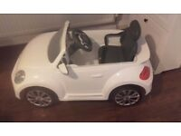 Electric ride on kids car VW Beetle £65