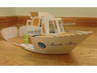 Bargain !! Sylvanian Families Marita May Transforming Pleasure Boat with Accessories, Penguins