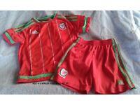 wales football kit age 4-5 years