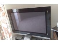 "42"" Philips TV"