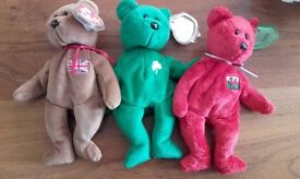 3 collectable beanie babies