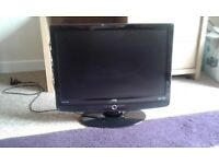 22inch hd lcd tv dvd/freeview