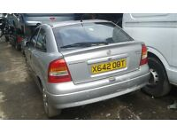 2000 Vauxhall Astra MK4 3dr SXi 1.8 16v silver BREAKING FOR SPARES