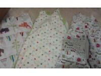 Sleeping bags / grobags for 0-6 6-18 months 0.5 tog 1 tog 2.5 tog