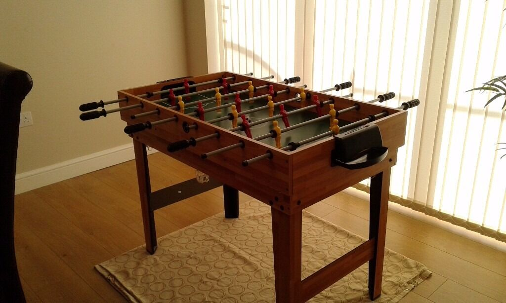 4 in 1 Games tablein Fareham, HampshireGumtree - 4 in 1 games table. You can play football, snooker/pool, hockey or table tennis. All accessories shown included. Good condition. Size length 107cm, width 61cm, height 82cm