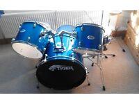 Tiger Drum Kit.