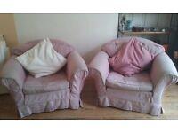 URGENT: Sofa + 2 armchairs