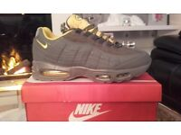 mens trainers nike tns /95s