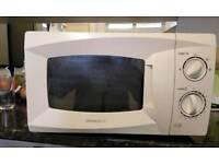 Daewoo microwave nearly new