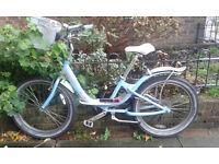 Ladies' Giant Areva Cruiser Style Bike
