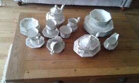 ETERNAL BEAU TEA AND DINNER SET