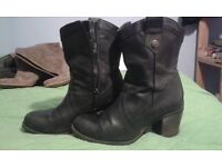 Hush Puppies Boots size7