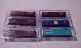 6x life-like American box wagons N gauge